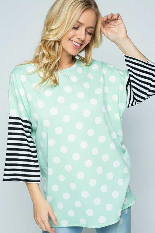 PLUS SIZE-POLKA DOT CONTRAST TUNIC TOP